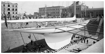 Shamrock III in dry dock at Erie Basin, Aug. 17, 1903