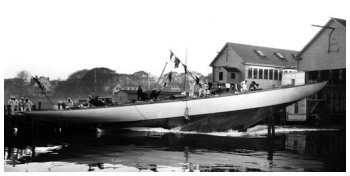 The launching of Weetamoe - The Mariners' Museum